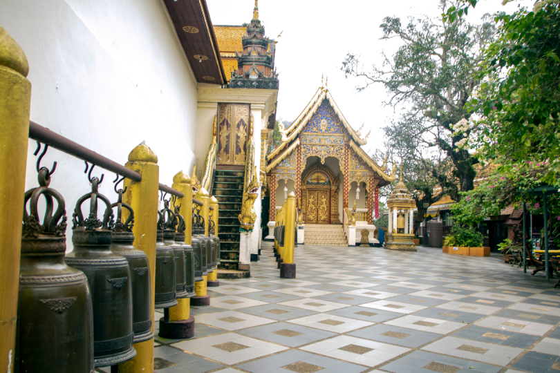 Farbenfroher Tempel in Chiang Mai